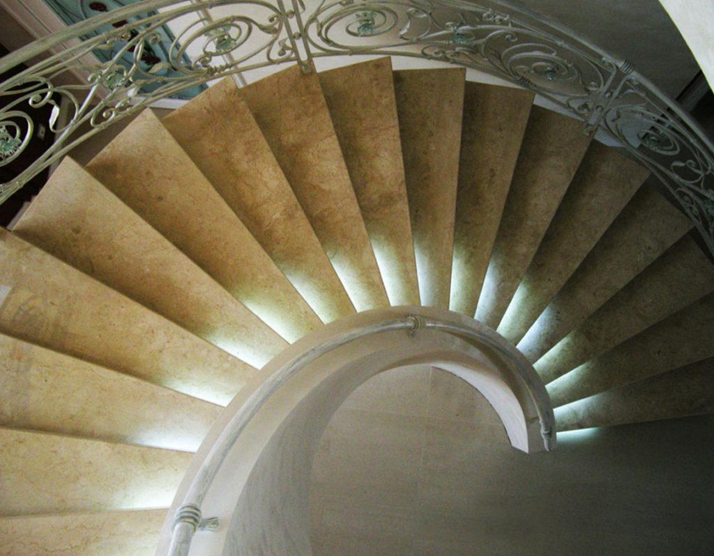 изготовление лестниц днепропетровск