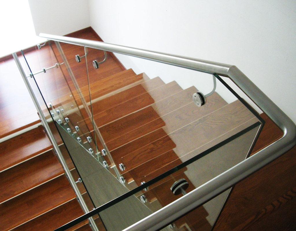 перила для лестниц комбинированные